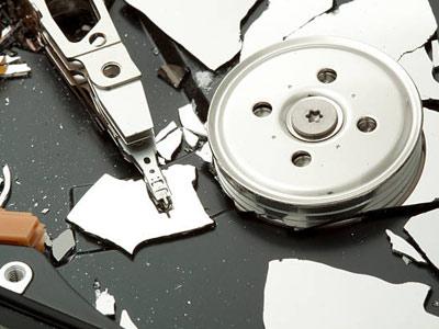 Mức độ nghiêm trọng khi ổ cứng bị rơi – hướng dẫn cứu dữ liệu ổ cứng bị rơi